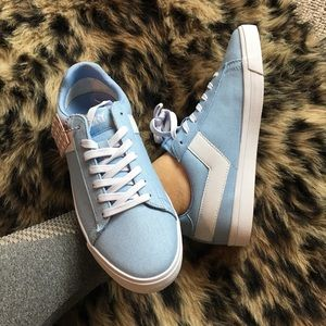 ♠️SALE♠️ PONY Ice Blue Canvas Sneaker
